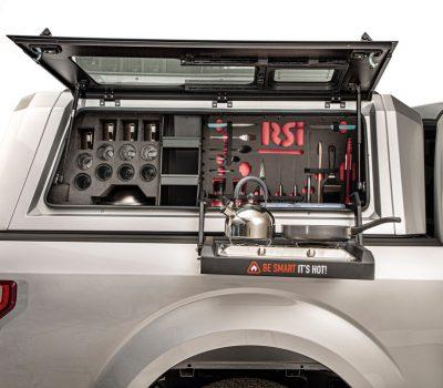 Smart Cap cooking stove for pickup trucks